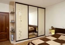 Шкафы в спальне