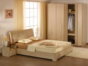 Спальня в бежевых тонах с фото