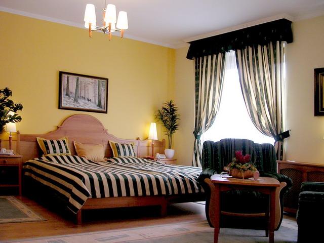 гардины для спальни