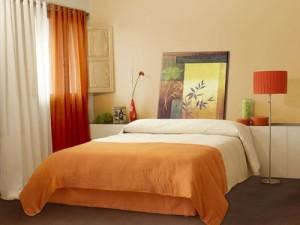 Оранжевая спальня с фото