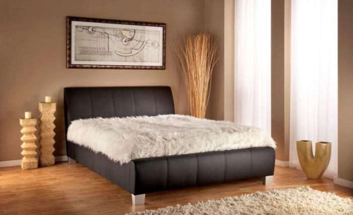 Коричневая спальня - фото дизайна интерьера