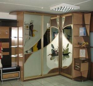 Угловые шкафы для спальни — фото и обзор