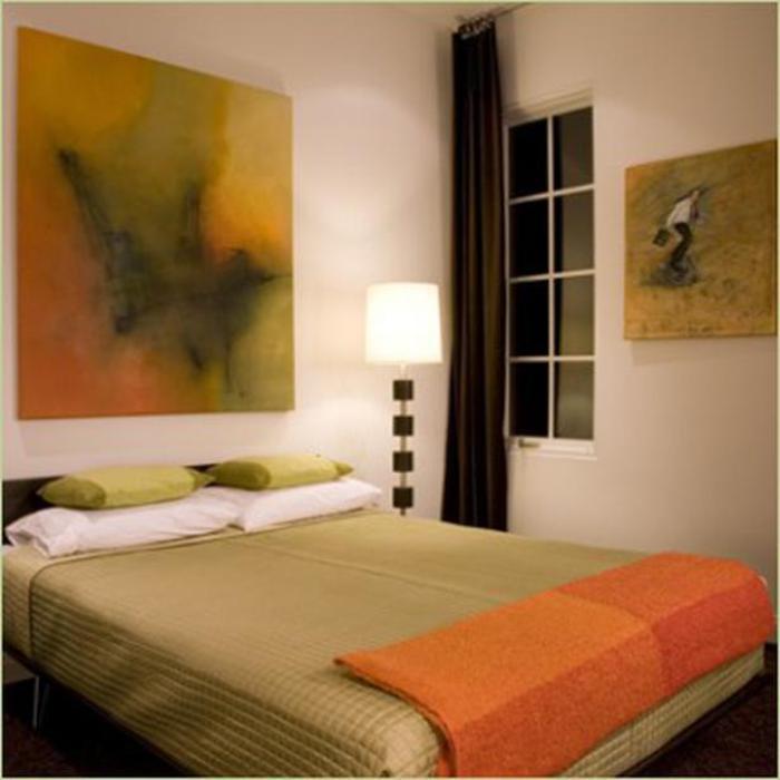 Картины в спальню