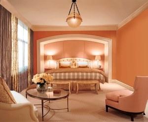 Спальня в персиковых тонах — «вкусный» цвет дизайна!