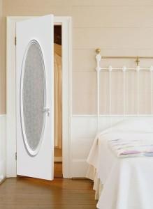 Двери в спальню — выбираем правильно!