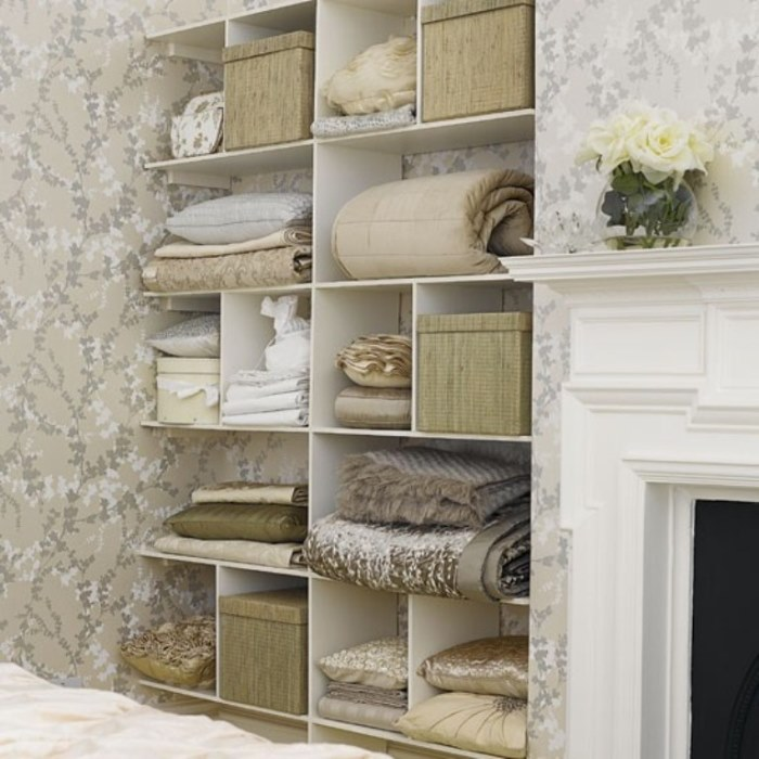 25-cool-ideas-to-place-shelves-in-niches-11
