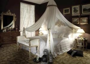 Спальни с баладахином