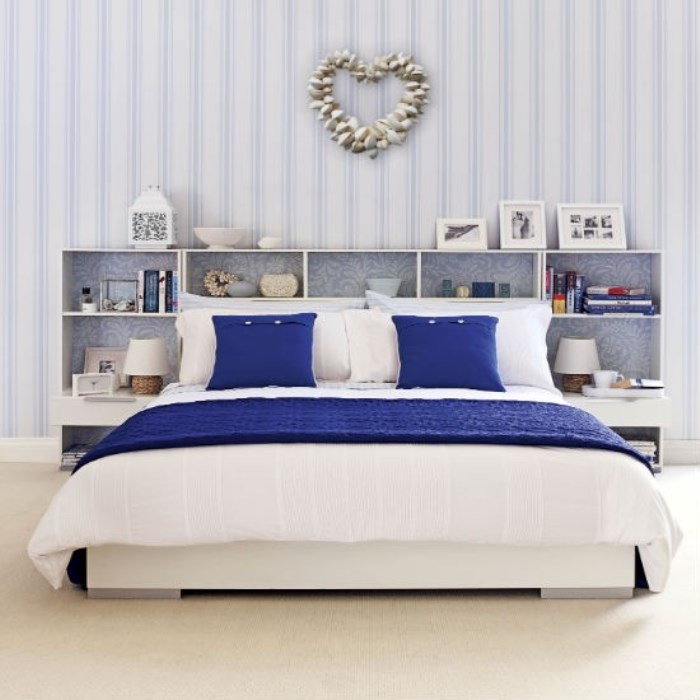 Bedroom-Colour-Schemes-Ideas-Blue-and-white-coastal-bedroom
