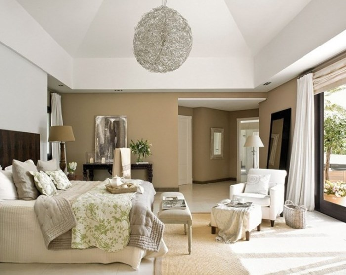 Honeycomb-shape-chandelier-bedroom