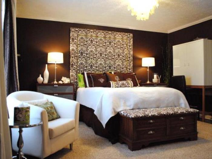 RMS_DPJohnson-brown-bedroom_s4x3_lg