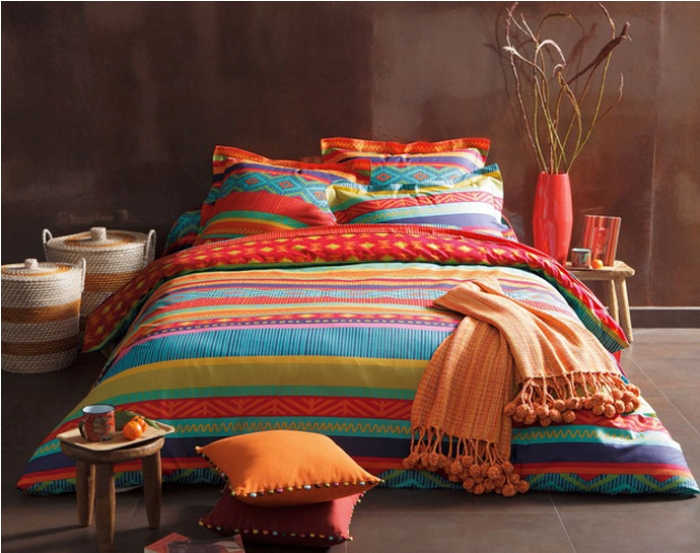 bedroom-design-chic-colorful-bed-cover-design-inspirations-minimalist-modern-bed-cover-with-striped-decor_f1628