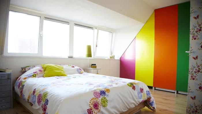 bedroom-rainbow-statement-wall-2508