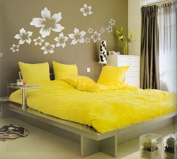 Желатая спальня