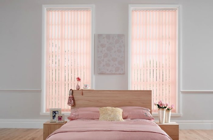 Windows-Design-Ideas-Bedroom-Interior-Home-Solar-Heating-Vertical-Blinds