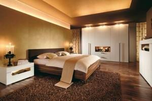 Спальня в шоколадно-бежевых тонах