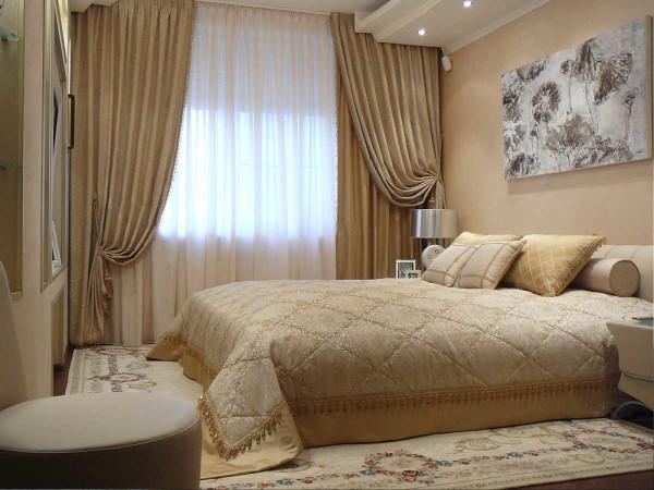 Тюль и шторы в интерьере спальни