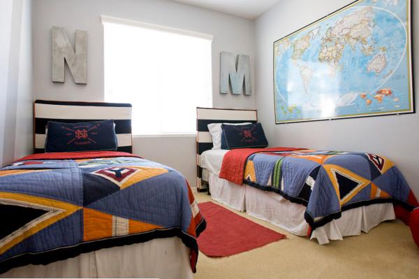 Декор спальни для двух мальчиков